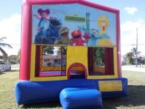 Elmo_Themed_Bounce_House_Rental_ws1018050731